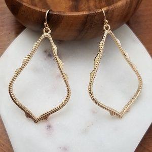 Jewelry - NEW! 💎 Teardrop Frame Gold Earrings 💎